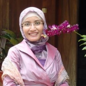 Iris Salamah Purwandari